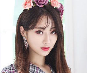"9Muses's Kyungri promotional picture for ""Love City"""