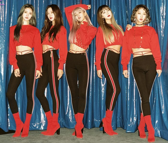 "EXID's promotional picture for ""Full Moon"""