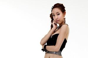 F1RST's former member Lina.