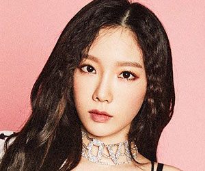 "Girls' Generation's [SNSD] Taeyeon promotional picture for ""Holiday Night"""