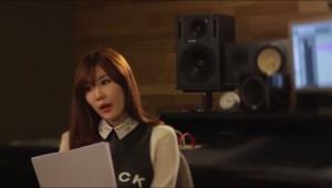 "Haeri from Davichi in The Seeya's video for ""Poison"""
