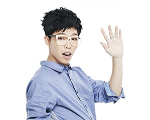 Akdong Musician's Chanhyuk promotional picture.