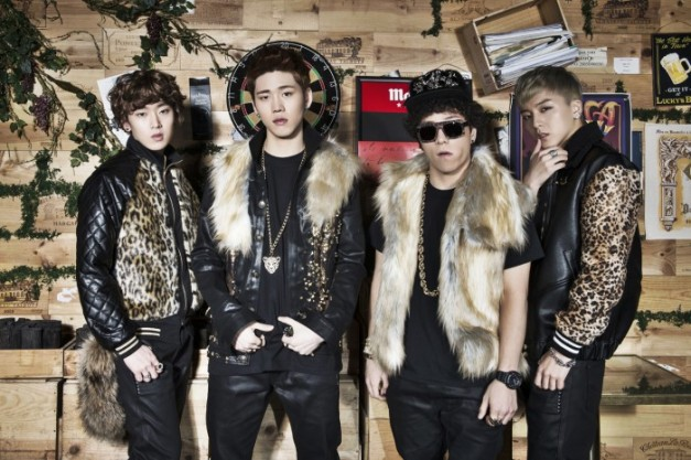 "Wonder Boyz' ""Tarzan"" promotional picture."