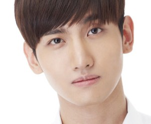 SM the Ballad's Changmin.