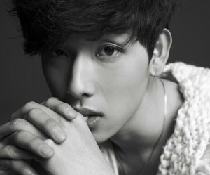 "ZE:A's Siwan ""First Homme"" promotional picture."