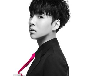 "M.Pire's Useung ""Rumor"" teaser."