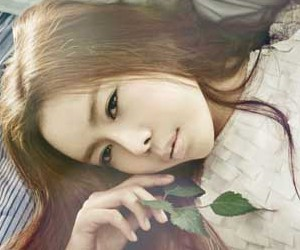 "8eight's Joo Hee ""8eight"" promotional picture."