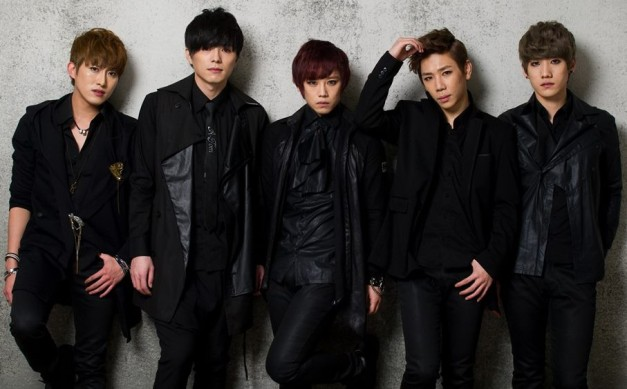 "G.IAM's ""Propose"" promotional picture."