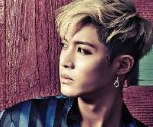 "Kim Hyun Joong's ""Timing"" promotional picture."