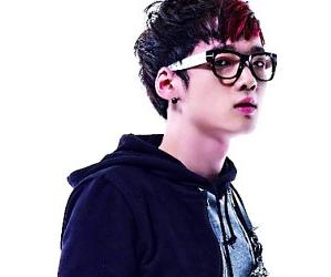 Touch's former member Da Bin.