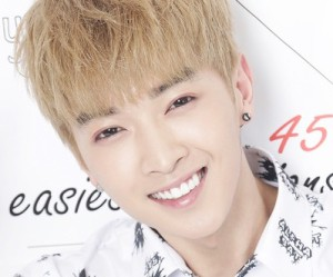"Alphabat's Heta ""Answer"" promotional picture."