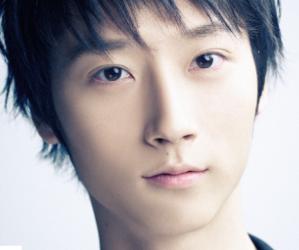 APeace's former member Mun Byeong Hun.