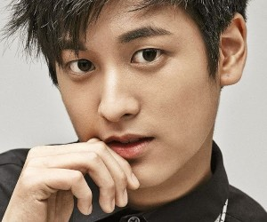 """iKON's Chanwoo """"Mix & Match"""" promotional picture."""