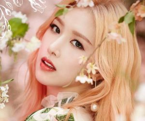 "Sonamoo's Euijin promotional picture for ""Happy Box Pt.2"""