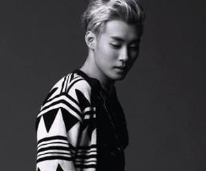"Atomic Kiz's Seong Gong ""WA"" promotional picture."