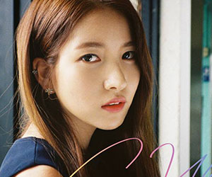 "G.Friend's Sowon promotional picture for ""Rainbow"""