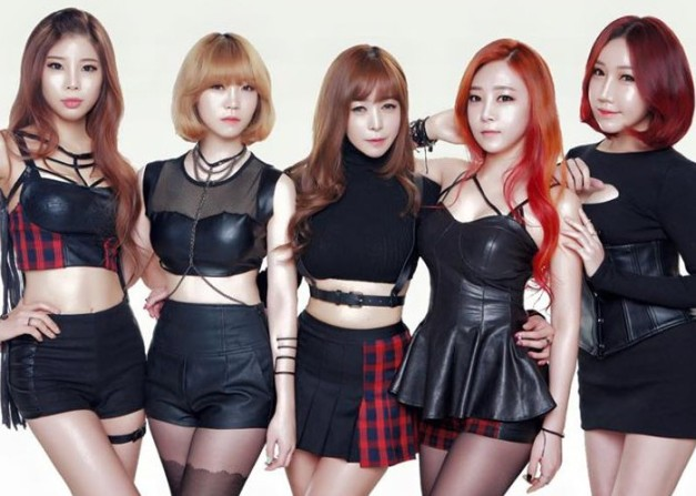 "Honey Girl's ""Again"" promotional picture."