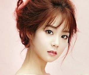 "Kara's Seungyeon ""In Love"" promotional picture."