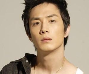 Take's former member Nathan Lee / Seunghyun.