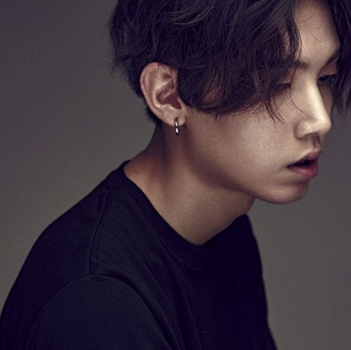 "Jooyoung's ""3"" promotional picture."