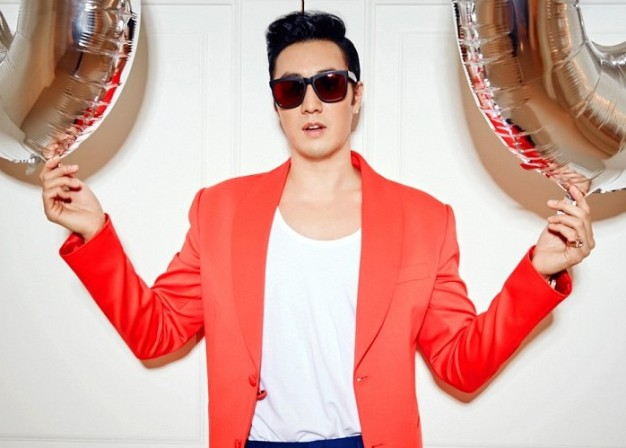 "So Ji Sub's ""Cola Bottle Baby"" promotional picture."