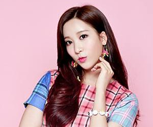 "Playback's Soyoon ""I Wonder"" promotional picture."