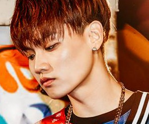 "Topp Dogg's Jenissi ""The Beat"" promotional picture."