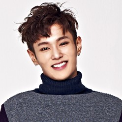 "UNIQ's Wen Han ""Best Friend"" promotional picture."