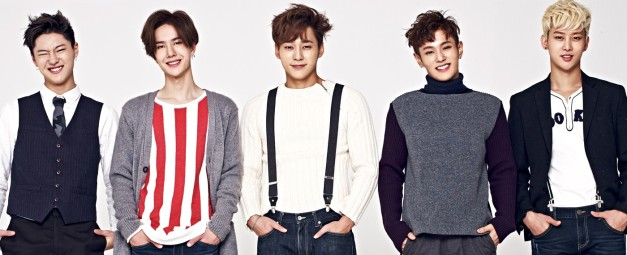 "UNIQ's ""Best Friend"" promotional picture."