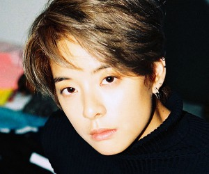 "F(X)'s Amber ""4 Walls"" promotional picture."
