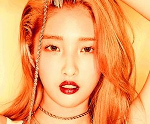 "4Minute's Jihyun ""Act. 7"" promotional picture."