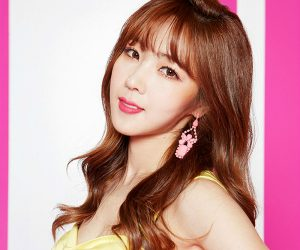 "Fiestar's Hyemi ""Apple Pie"" promotional picture."