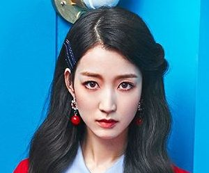 "Gugudan (Gx9)'s Hana promotional picture for ""Act 3 - Chococo Factory"""