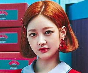 "Gugudan (Gx9)'s Mimi promotional picture for ""Act 3 - Chococo Factory"""