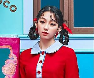 "Gugudan (Gx9)'s Mina promotional picture for ""Act 3 - Chococo Factory"""