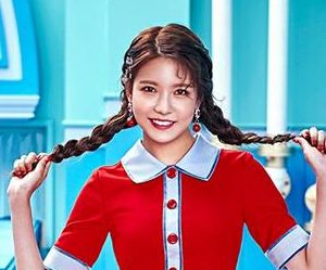 "Gugudan (Gx9)'s Nayoung promotional picture for ""Act 3 - Chococo Factory"""