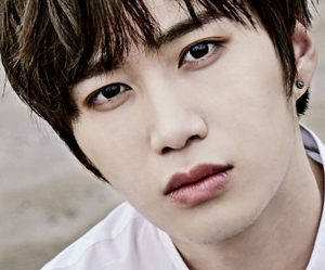 "Madtown's Daewon ""Emotion"" promotional picture."