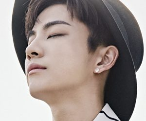"Madtown's Lee Geon ""Emotion"" promotional picture."