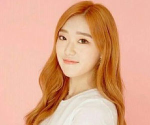 "Holics's Yurim promotional picture for ""Funky Dunky"""