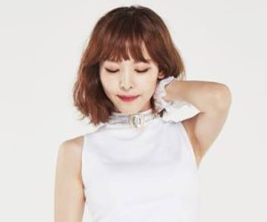 "OhBliss' Inhwa ""BunnyBunny"" promotional picture."
