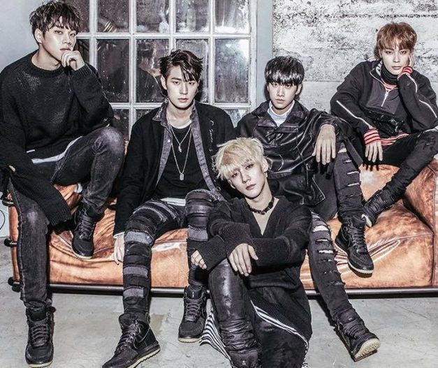"KNK's ""Remain"" promotional picture."