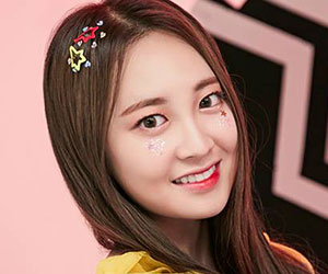 """Momoland's Taeha promotional picture for """"Freeze"""""""