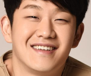 "Choi Sung Bong's ""You Are A Blessing"" promotional picture."