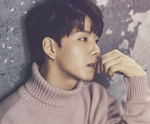 "Vromance's Jang Hyun ""Romance"" promotional picture.."