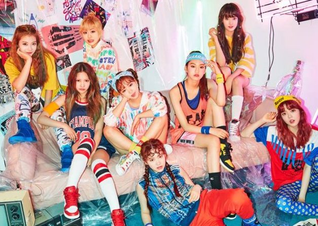 "Weki Meki's promotional picture for ""Weme"""