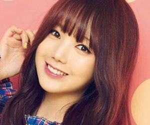 "Lovelyz' Kei ""R U Ready"" promotional picture."