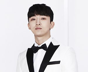 """The Boss' Hyunmin """"Lucky Man"""" promotional picture."""
