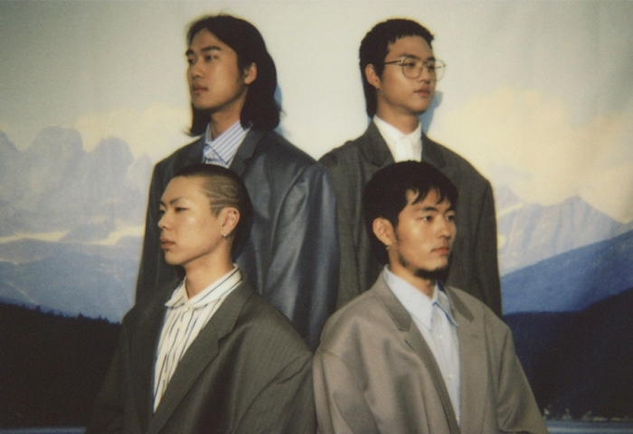 "Hyukoh's ""23"" promotional picture."