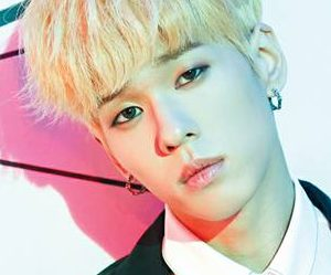 "Imfact's Ungjae ""Tension Up"" promotional picture."
