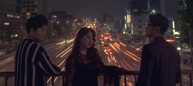 "Urban Zakapa's ""Alone"" promotional picture."